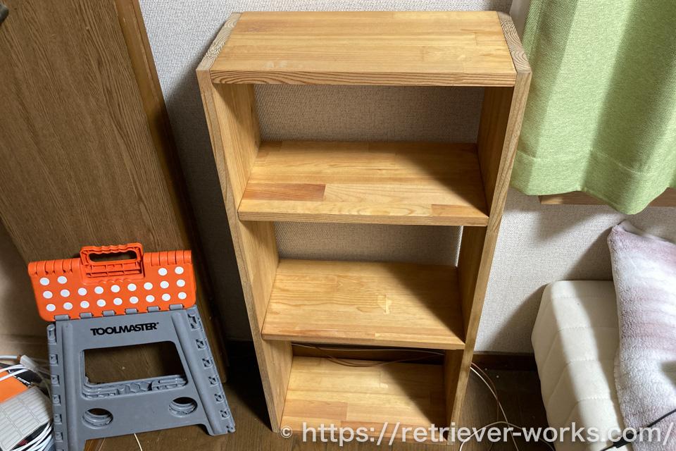 部材を再利用して作成した本棚